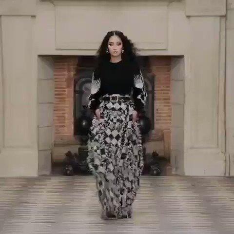 """""""Le Château des Dames"""", Colección CHANEL 2020/21 #CHANELMetiersdart #CHANEL @CHANELofficiaI - NOTICIAS #VittoriaModels #ríocuarto #córdoba #modafeminina #diseños #desfiles #info #argentina"""