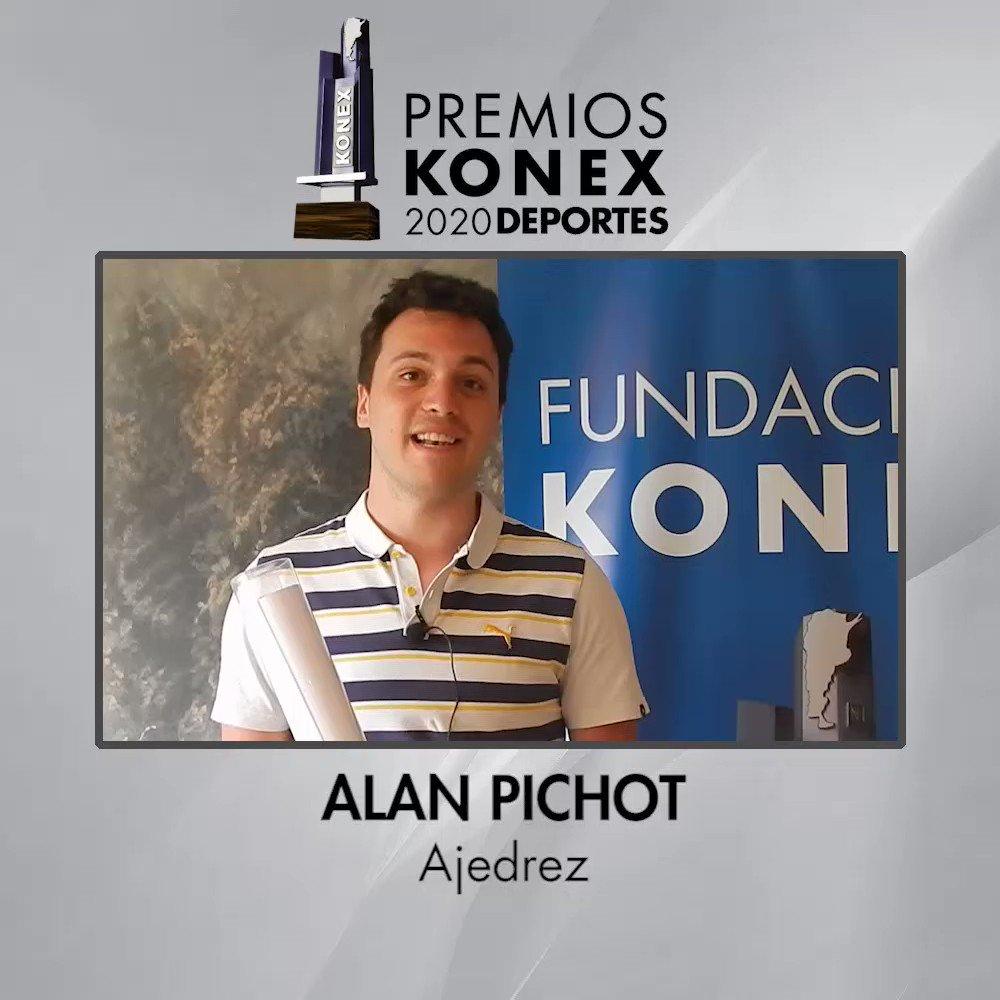 ♟El #ajedrecista @alan_pichot1 recibió el #PremioKonex como uno de los mejores de la última década en #Argentina.   🏆Compartimos sus palabras tras recibir el Diploma al Mérito de los Premios Konex 2020.  Aquí su biografía completa en nuestra web 👇