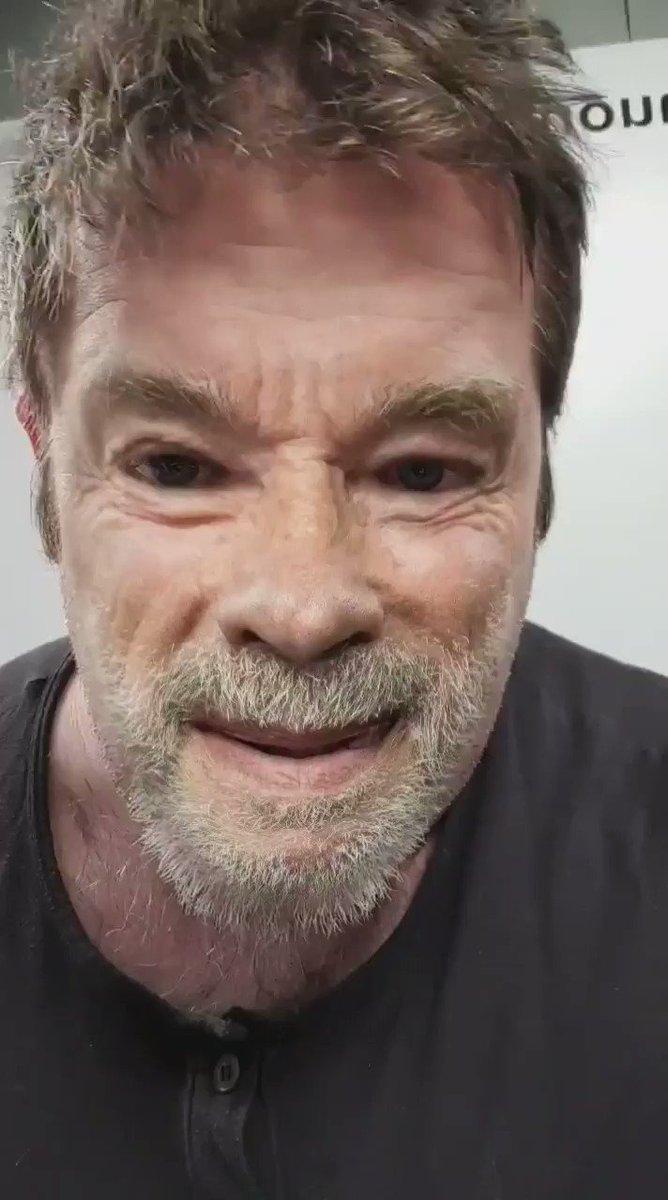 @Schwarzenegger no more yakity yak 😄💪 couple day's left and get the choppa #arnoldschwarzenegger #whitehouse @JoeBiden #byebyetrump