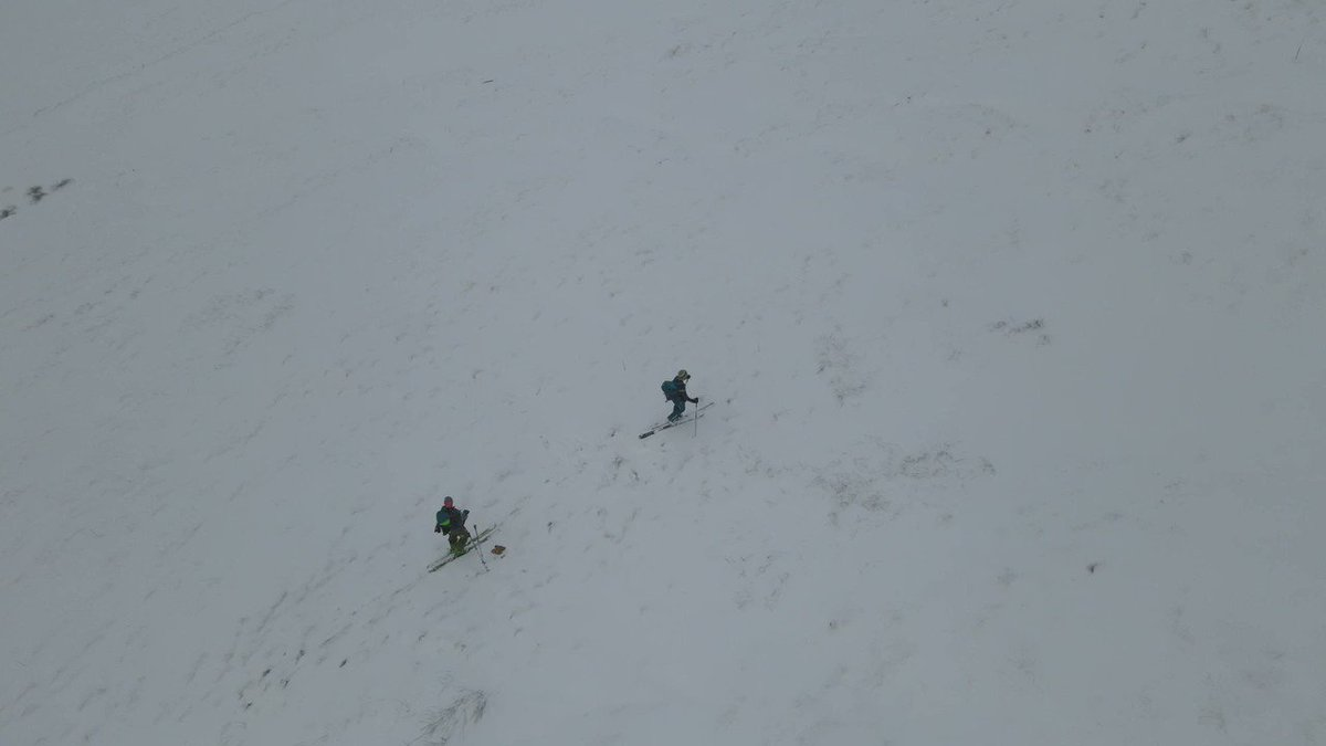 Image for the Tweet beginning: Absolutely classic Scottish ski conditions