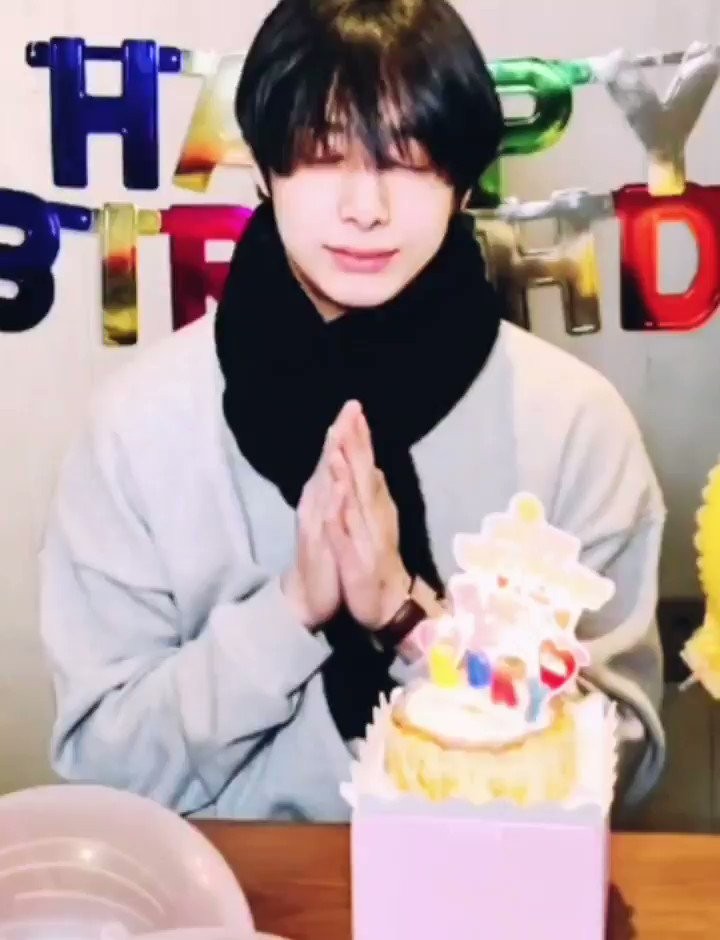 @Radiodotcom @OfficialMonstaX Happy Birthday Hyungwon! He is absolutely my everything.😘❤ #HBDtoHYUNGWON  #형원이란_다정함이_내린_날 #HYUNGWON #MONSTA_X  @OfficialMonstaX
