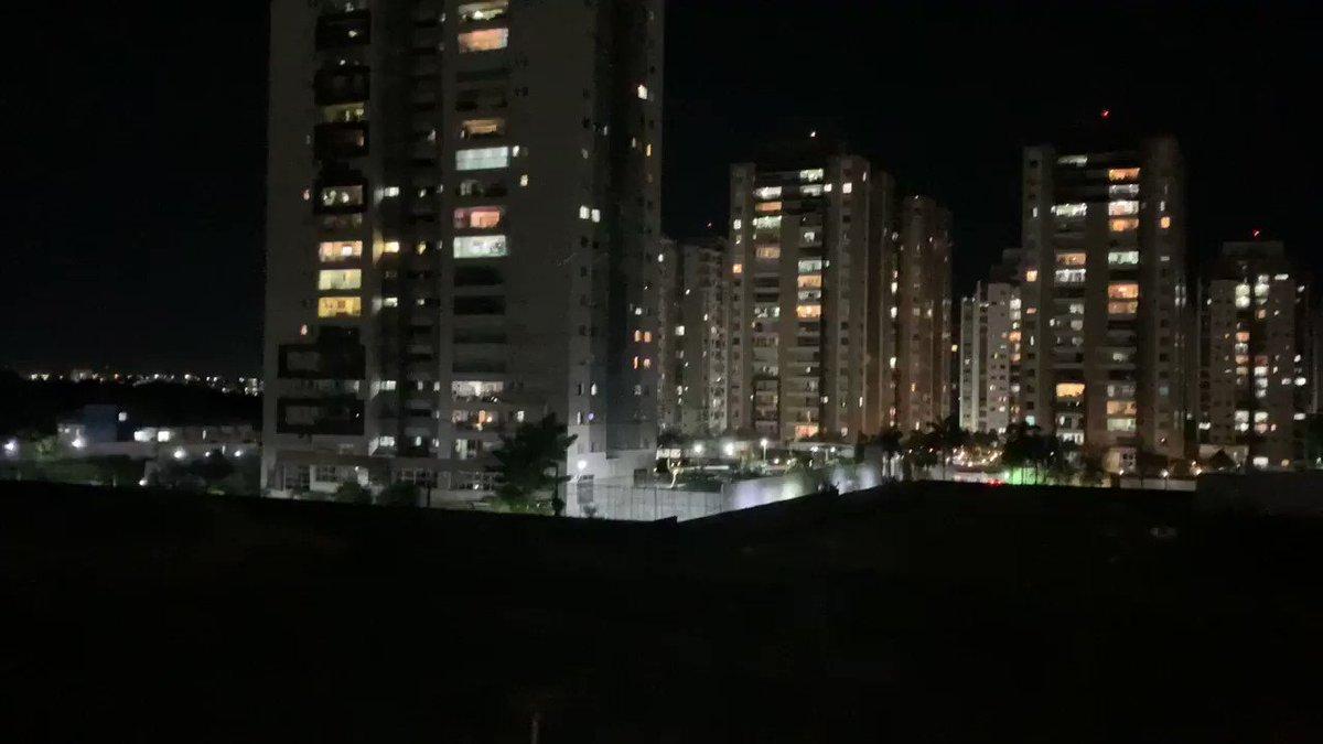 O panelaço de hoje em Manaus foi o maior que já vi contra o presidente Jair Bolsonaro. #BrasilSufocado