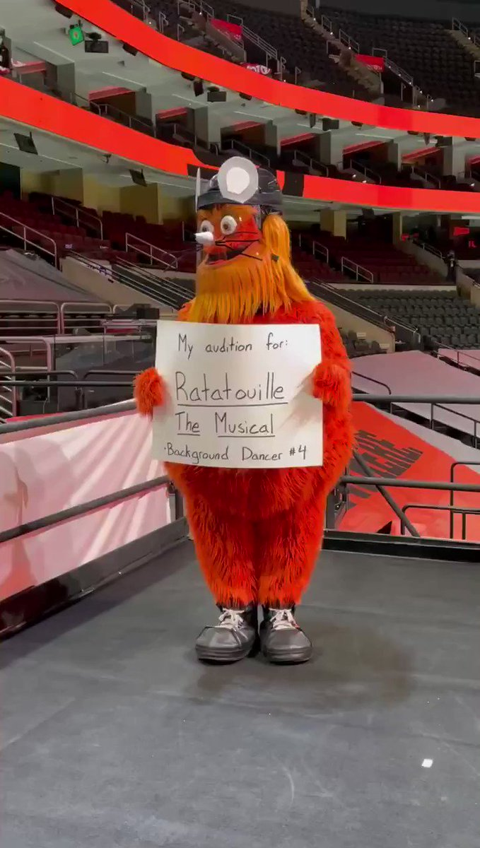 Replying to @GrittyNHL: Broadway needs me.