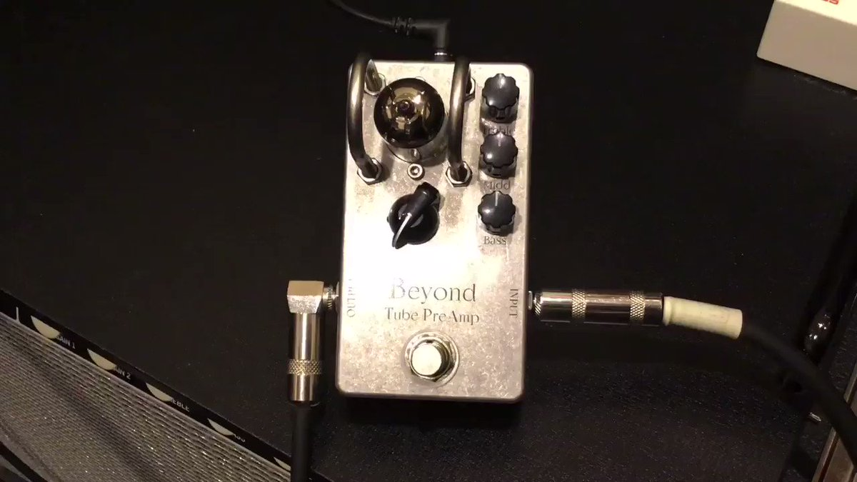 BeyondBeyond Tube PreAmp「原音を変えない増幅」を基に開発されたプリアンプの試奏動画です!ギターやアンプのサウンド個性はそのままに真空管サウンドをプラス。さらに、そこからオリジナルトーン調整による自分だけのサウンドメイキングを可能にしました!!>>【】