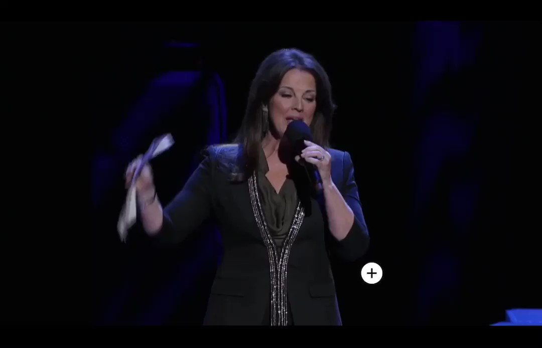 Blake performing God's Country at the Opry Pt1