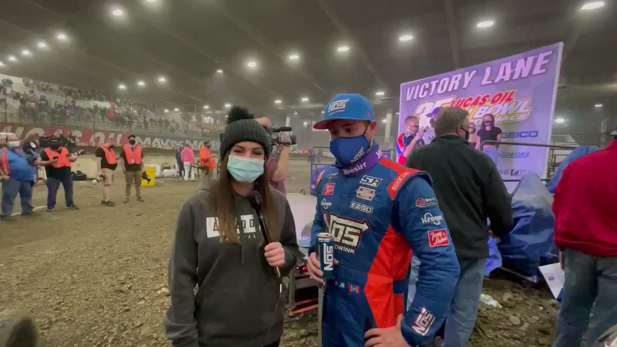 Get your racing fix this weekend with @StenhouseJr at the #ChiliBowl2021!   The action continues tonight!