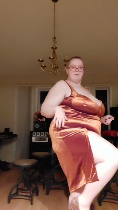 Fav outfit from this video? (Full video on onlyfans)   #bbw #thickgirlfashion #bbwmodel #unboxing #fatass