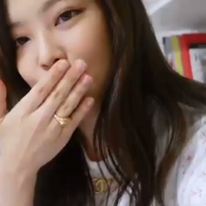 you have a kiss from jennie