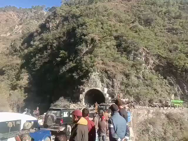 Watch* @KNSKashmir  Ramban Bailey bridge opened for traffic after completion within week,  #KNS correspondent banihal