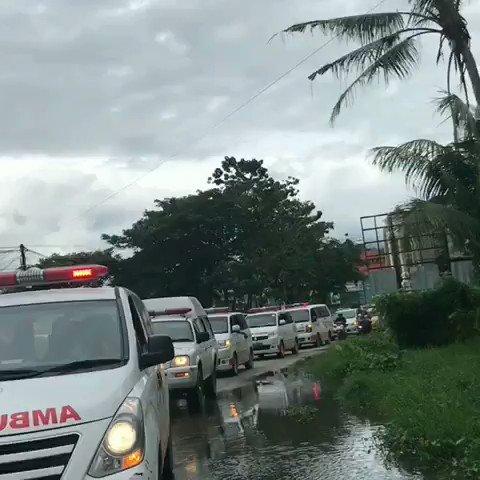 Sore tadi, Tim PMI yang berangkat dari Sulteng, telah tiba di Sulawesi Barat. Membawa 5 unit ambulans dan 1 unit tangki air, akan dikerahkan esok untuk menjalani operasi kemanusiaan di #Sulbar. #PMISelaluBantu