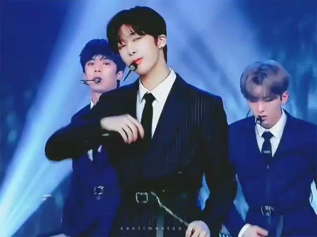 Intenta resistirte a el ,si puedes.... #HYUNGWON  @OfficialMonstaX @official__wonho