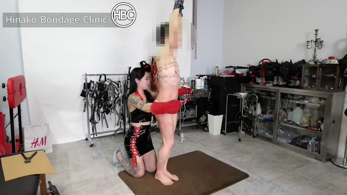 Double Mistress Barbed Wired To rture 有刺鉄線拷問!有刺鉄線て想像の何倍も痛いんだよ💥💥💥with @tsukio_xoxo   https://t.co/eKPyGyuIkG