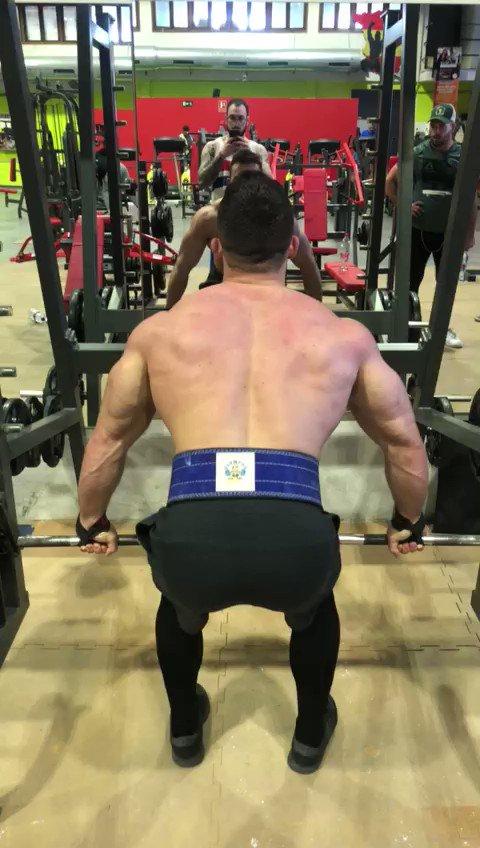 Hoy es el día!!!  Da todo lo que tengas por lograr tus objetivos   @RuizVictor95   #gymmotivation #gym #fitness #fitnessmotivation #gymlife #workout #bodybuilding #fit #motivation #fitfam #gymtime