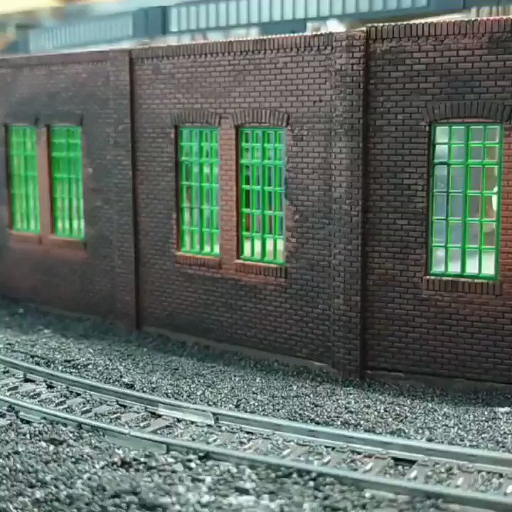 Ein paar Videos von ein paar Fahrtests   #BigBoy #Krokodil #Postzug #Märklin #H0 #Zug #Züge #Modellbahn #Loks #Lok #Kohlezug #TrainController #Hobby #Anlage #Modell #Anhänger #DB #USA #Niederlande