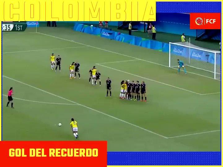 #EnModoSelecciónFemenina  Hoy recordamos el primer gol de laselección ColombiaFemenina en unos Juegos Olímpicos, tiro libre de nuestra máxima goleadora @catausme 🎯⚽️  #VamosColombia🇨🇴