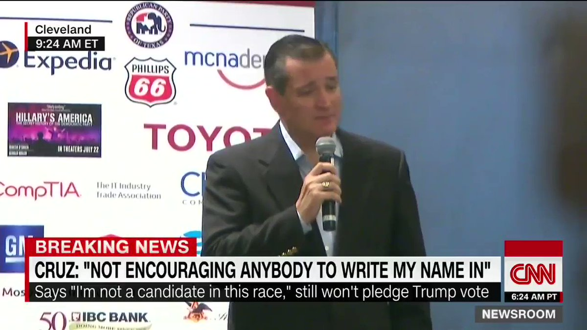 Replying to @dollDCFC: @1813Doncarlo @JanetRuddell This was Ted Cruz also.