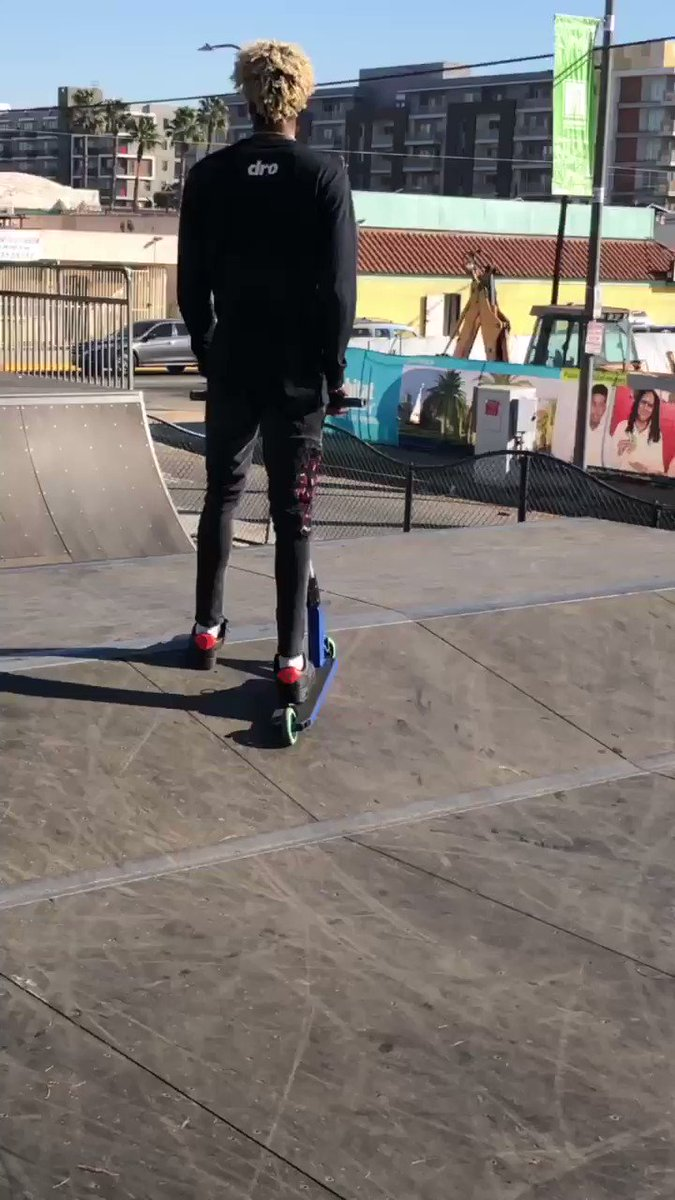 1 clip I filmed before folding my body over my ankle lol🤦🏽♂️ I'll be back soon #scooter