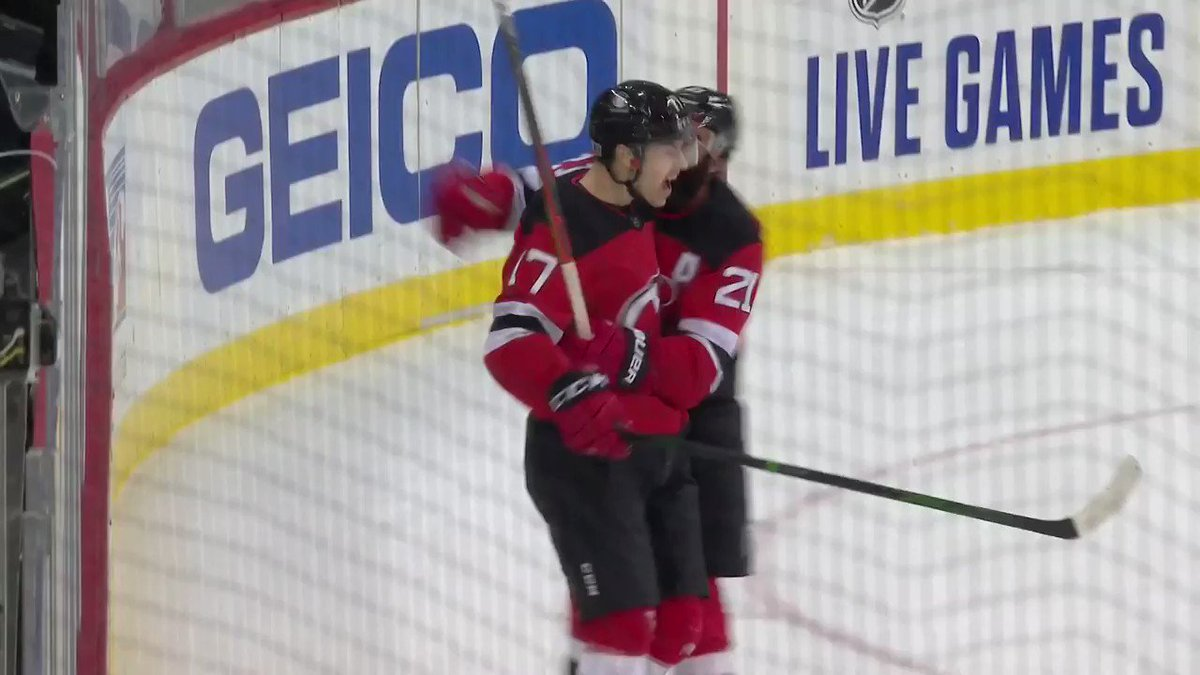 Yegor Sharangovich thought he could score and so he did 💪🙌   That's the kind of thinking we need on the @NJDevils!!
