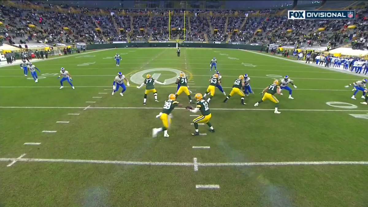 Some impressive OL play by the Packers 👀 @packers   📺 #LARvsGB on FOX