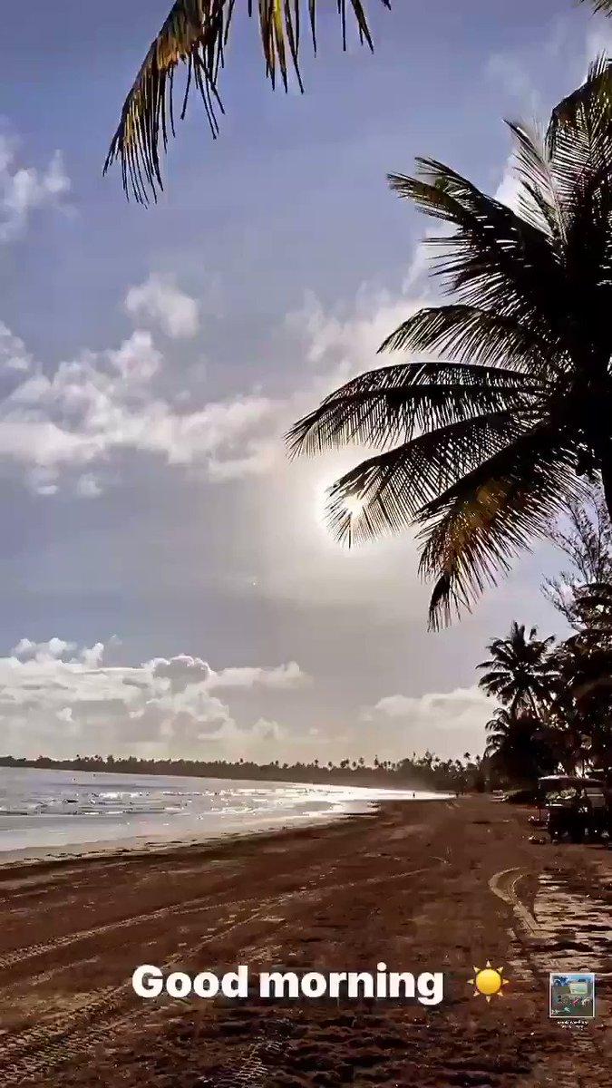 A través de tus ojos, vemos las mañanas más lindas de tu #IslaBella. Vía #igstories de @ricky_martin 🥰.  #RickyMartin #PausaPlay #Pausa #FamiliaVioleta #Argentina #FamiliaElite #MiSangre #Quiéreme #Simple #CaeDeUna #Recuerdo #Cántalo #Tiburones #TiburonesRemix