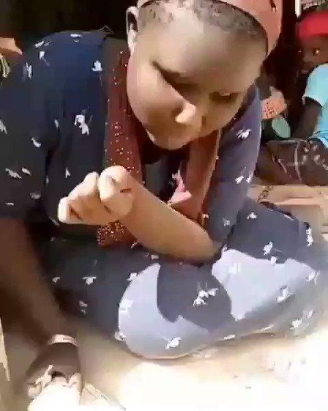 Lii dé yémé neu lool ! Mongi tarri ALQURAN té mësou ko guis ndax silmakha (aveugle) Combien de musulmans sont en ligne pour dire MASHALLAH✌🏼❤