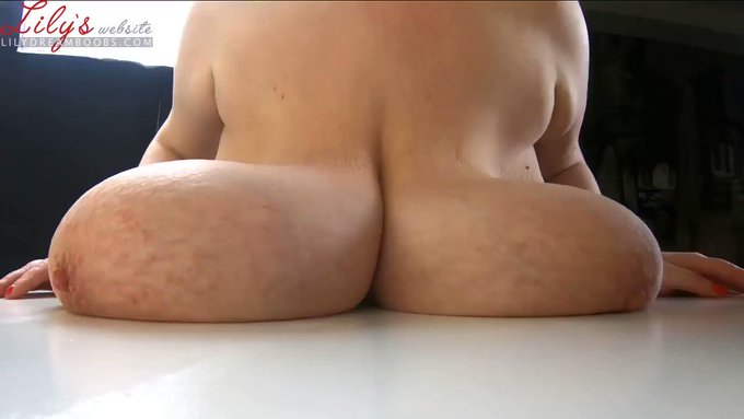 Just made another sale! Dropping heavy tits on your face https://t.co/fTHYANdwoL #MVSales https://t.