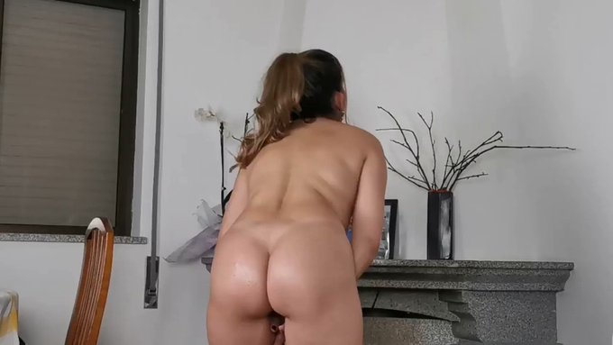 Thank you for buying! My Milfy ass Riding Face Cock Facial https://t.co/gwjObGxtYX #MVSales https://t