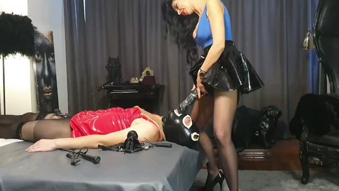 Suck this from Your Real Mistress🥇👠🥊👑🏆https://t.co/ylofIQ7PP4 https://t.co/fgVj5sxxLG https://t.co/GSQXX5g9ja #onlyfans