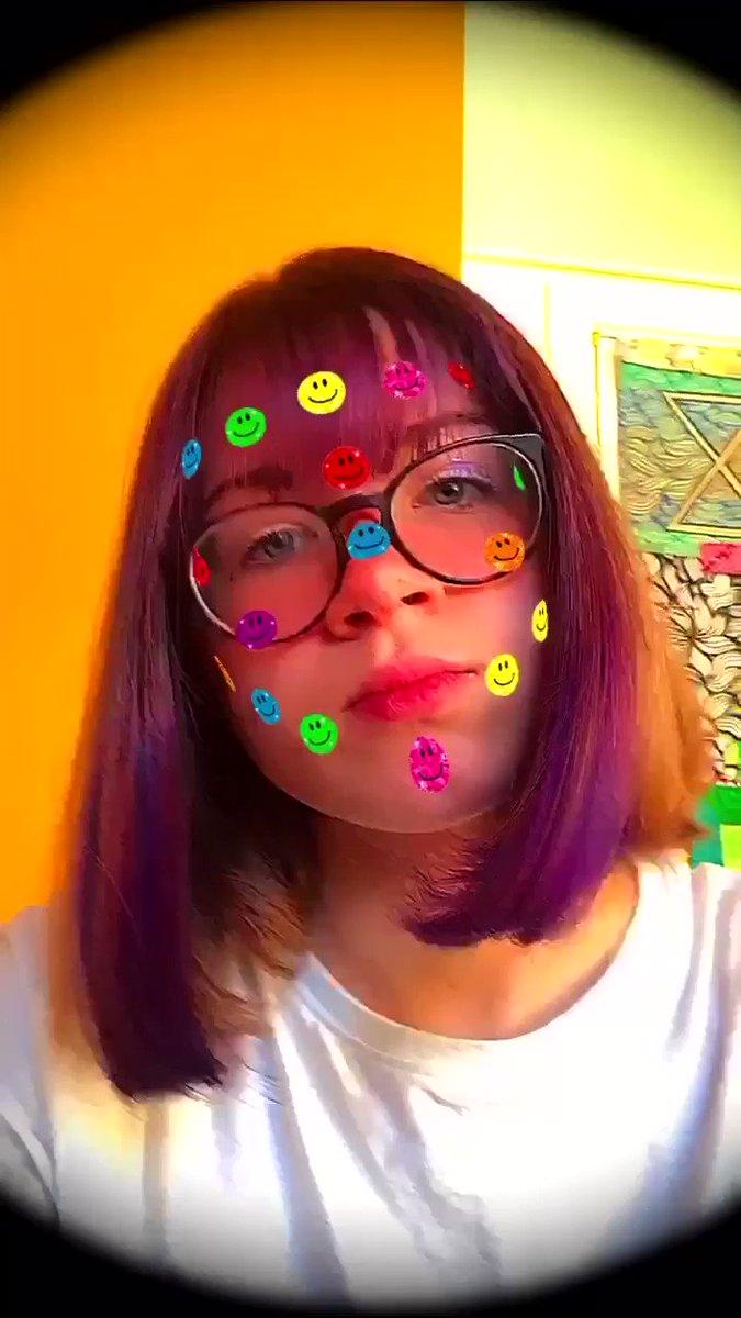 I don't have any photos so enjoy this random video of me bopping my head :)) #LGBTQIAontwitter  #gaybourhoodbaddies