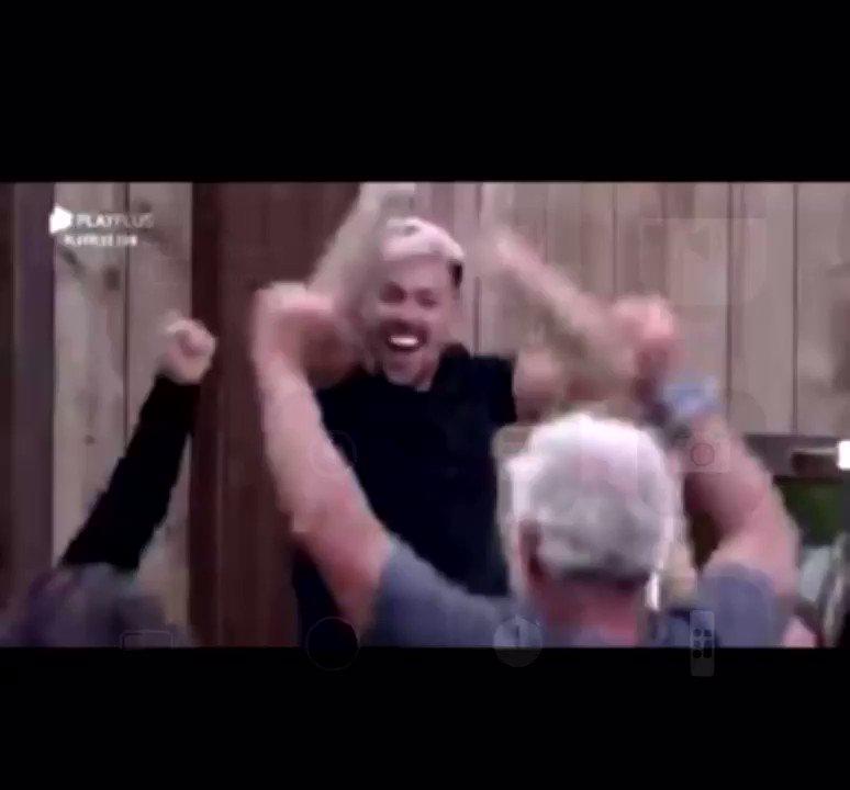 FINALMENTE P**RAAAA!! 🙌🏼🙌🏼 #VemVacina