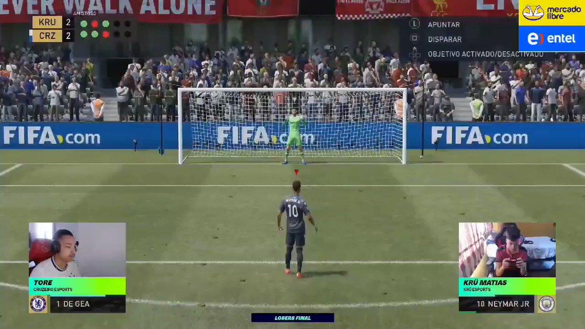 ¡Increíble! @Tore77_ 🇧🇷 remonta la semifinal y se lleva la victoria en los penales. @Matiasbonanno9 lo tuvo muy cerca, pero se despide del torneo.  Así fue la tanda de penales 📽️  📺   #FGS21⚽️ presentadas por @ML_Argentina.