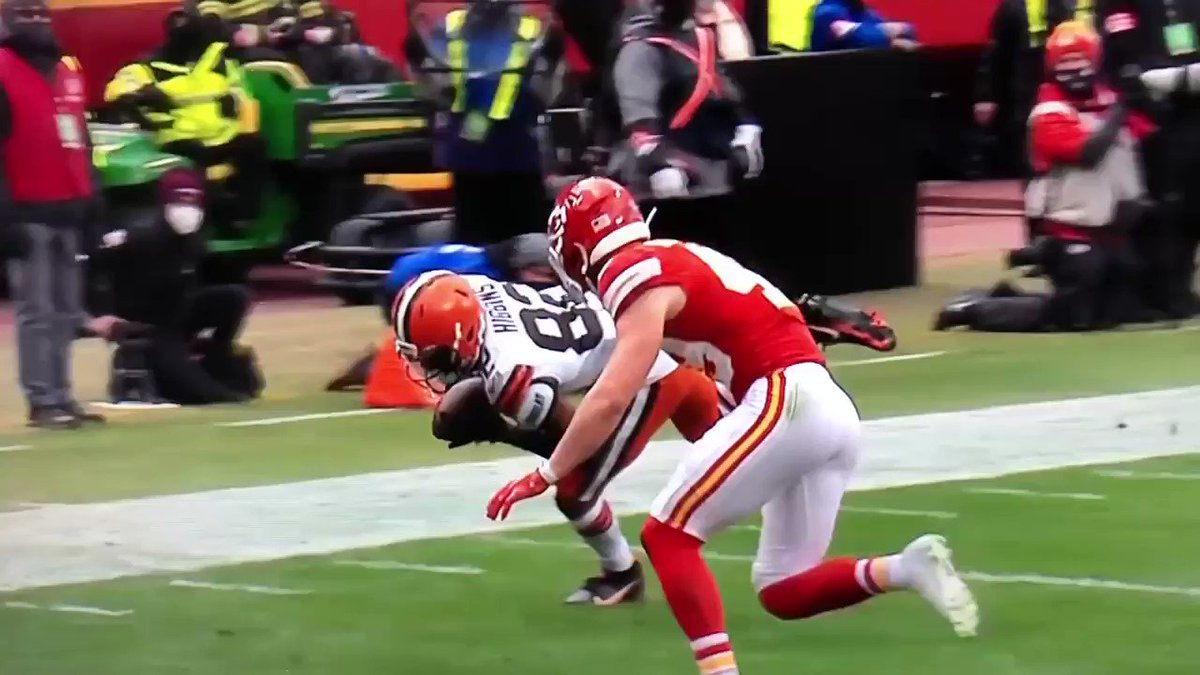 The second Sorensen makes -- obviously illegal -- helmet to helmet contact, Higgins completely loses control over the ball. Officiating shouldn't be altering the outcome of games and seasons but it does every single week.