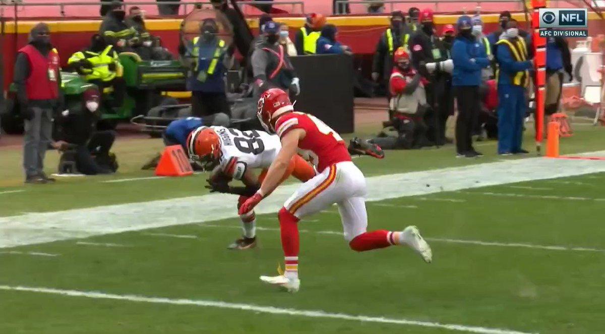 So no helmet to helmet hit penalty? #Browns #WeWantMore #NFL #CLEvsKC