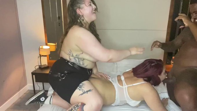 Just made another sale! STRAPON ANAL AMATEUR 3SOME FEET SPIT https://t.co/1jhw6Uk3h5 #MVSales https://t
