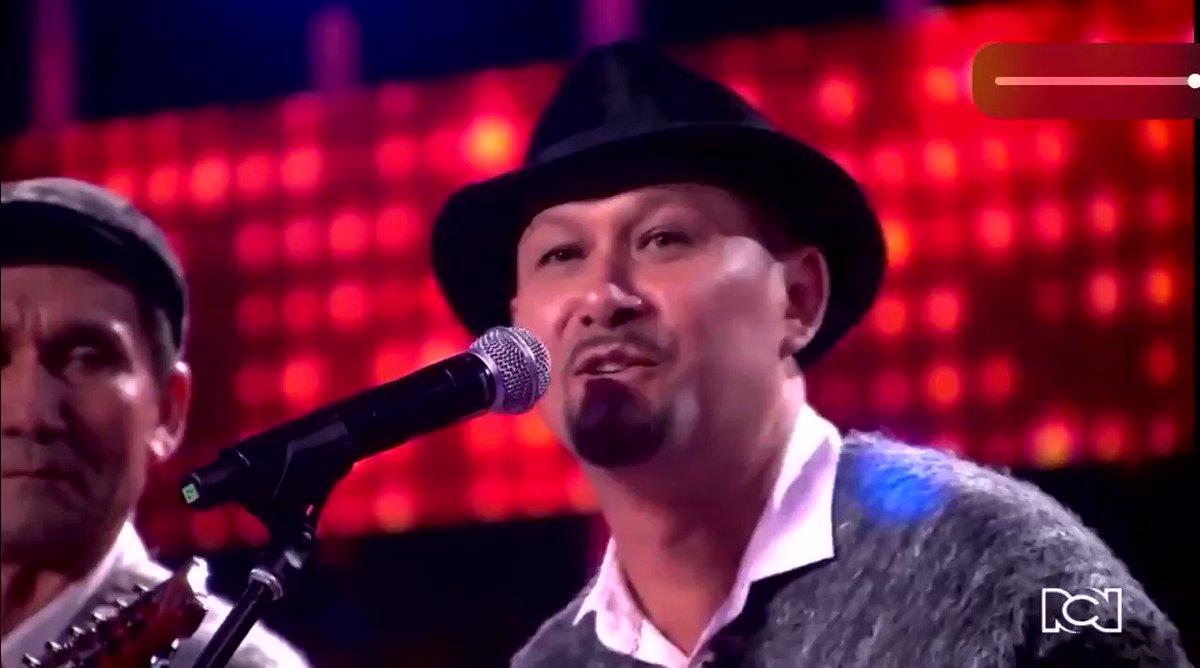 Al ritmo de carranga, así cantaron Los Arremuescos esta noche en el #FactorX del @CanalRCN en defensa del #PáramoDeSanturbán. Un poema hecho canción. @ComiteSanturban