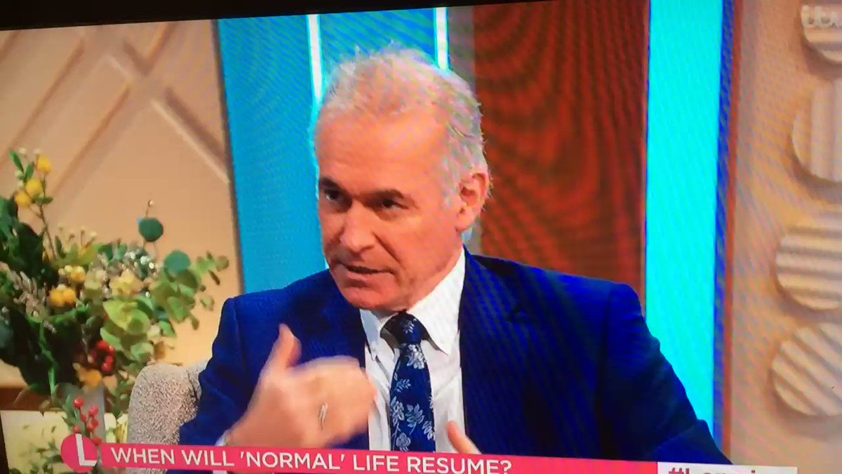 ⁦@DrHilaryJones⁩ says people hoping to #holiday abroad this #summer are 'barking up the wrong tree' #staycation? 'Possibly' ⁦@lorraine⁩