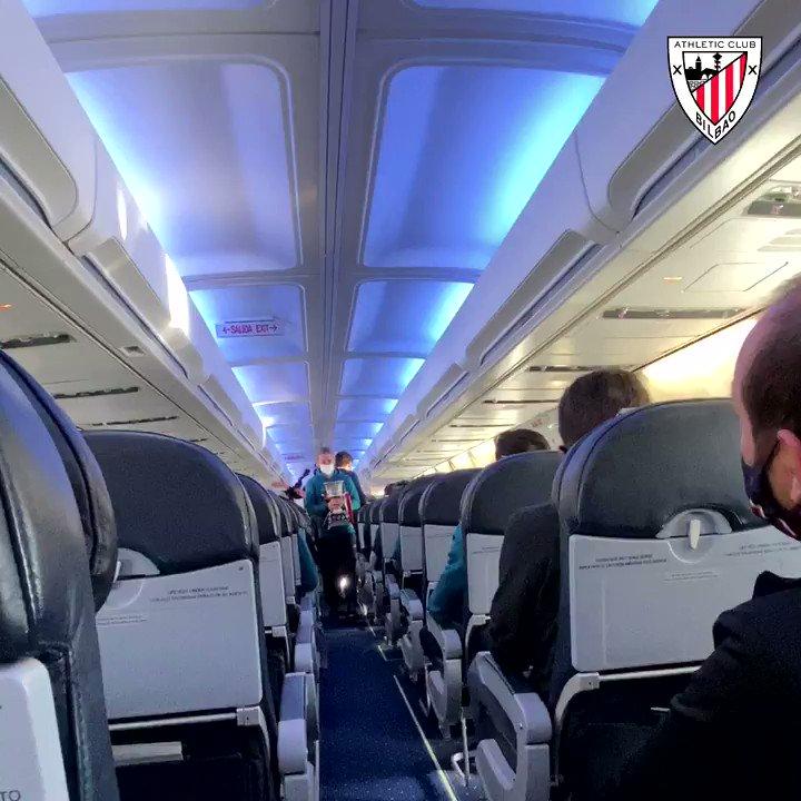 ✈️ La #Supercopa vuela a casa 🏆  𝗦𝗨𝗣𝗘𝗥𝗖𝗔𝗠𝗣𝗘𝗢𝗡𝗘𝗦 🔴⚪️  #DenonAmetsa 💭 #BiziAmetsa   #AthleticClub 🦁
