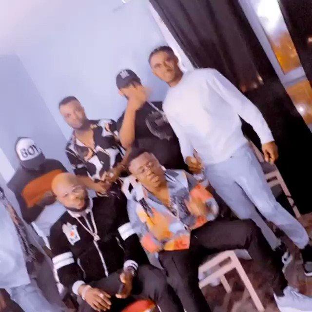 RT @KuamiEugene: Okyeam Kwame :When Kuami's Voice Is On The Song ; Richie Mensah : It's A Hit Mernn!!!!!!!! #Yeeko https://t.co/SF5KFhpgZb