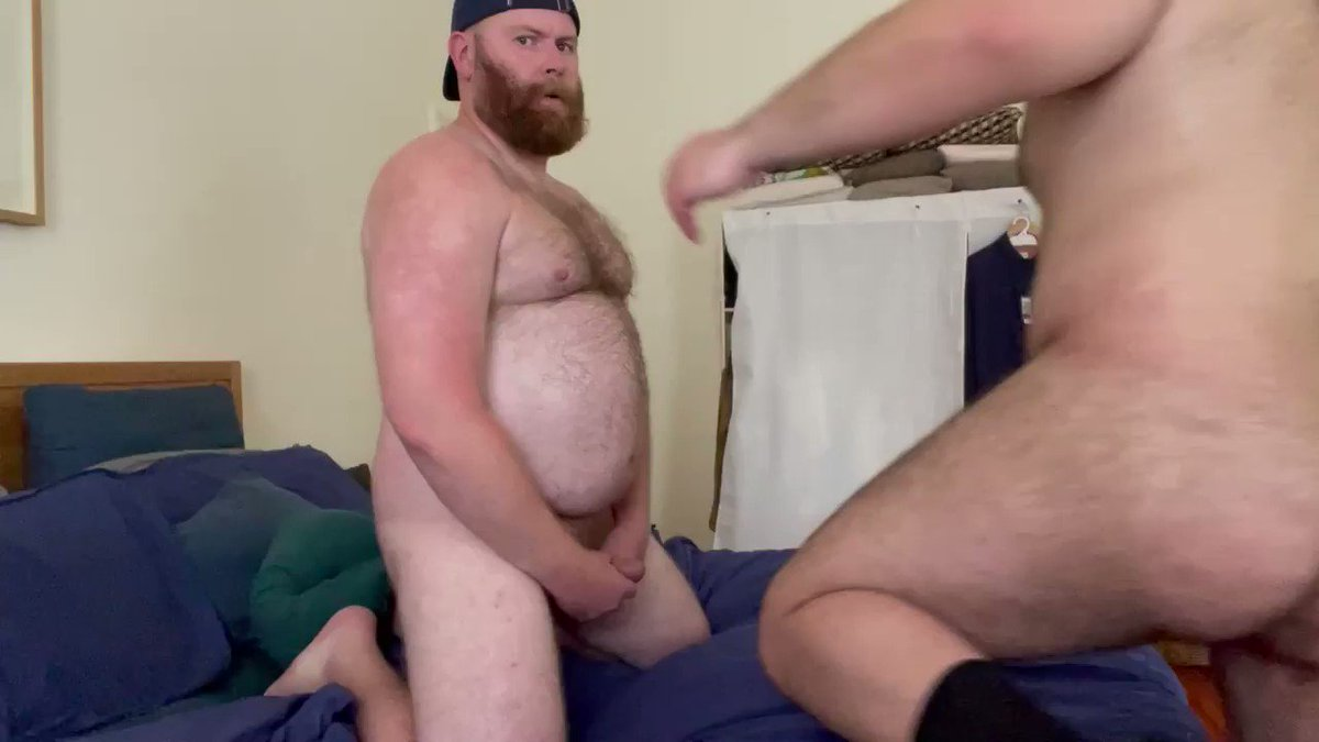Kisses and more with @FurBeefy onlyfans.com/sorrydad22
