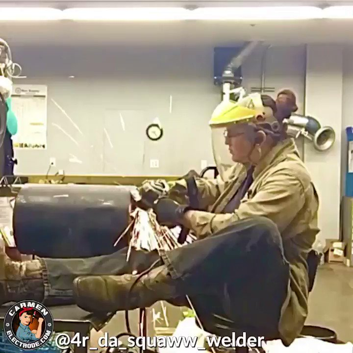"@4r_da_squaww_welder, ""when your period pains are getting the best of you and u gotta sit but hardly grind shit""  We know we're not the only ones who know this struggle 🤦🏽‍♀️🤷🏾‍♀️   #wishiwasaboysometimes #girlpower #girlgang #carmenelectrode #womenwhoweld #weldlikeagirl #tradeswomen"