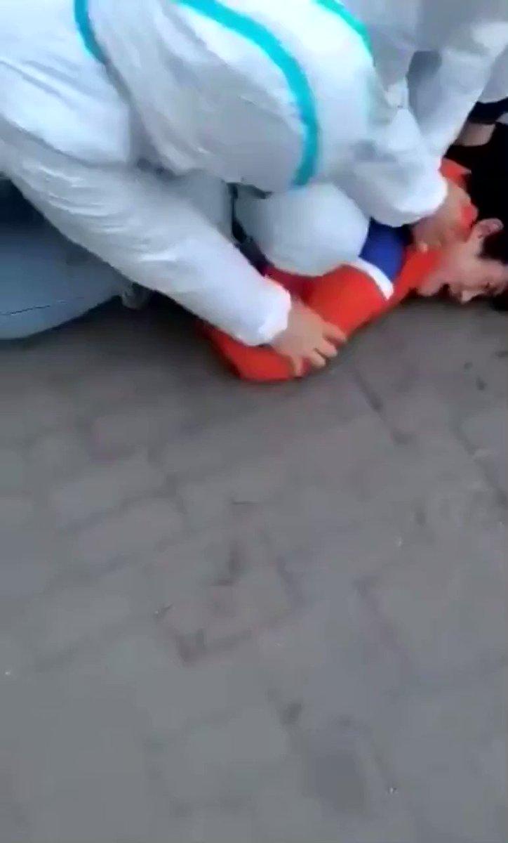🇨🇳 China | #Hebei | #Shijiazhuang   Infectado que no cumplía la cuarentena y además no llevaba mascarilla.