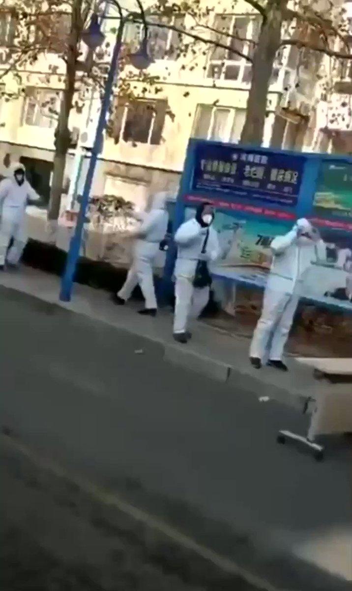 🇨🇳 China | #Hebei | #Shijiazhuang  Las cosas se están poniendo muy feas, no descarto que la fábrica del mundo vuelva a echar el cierre 3/4 semanas.