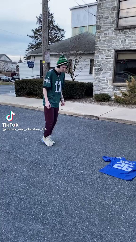 eagles fans you just cant come back after this one.. https://t.co/l5H84JDLqv