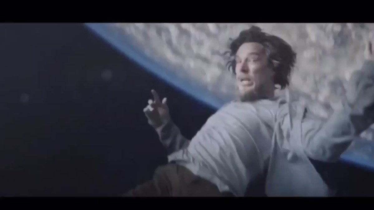 Last minute of Discombobulated be like.....  @Eminem @FilmsShady @rosenberg #MTBMB #SIDEB