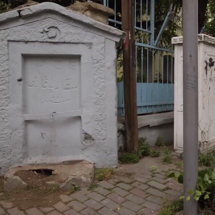 Cumhuriyet çeşmesinden tekrar su akmaya başladı.  Cumhuriyet'le beraber ülkenin birçok yerine çeşmeler yapılmıştı. Restore edip suyunu akar hale getirdiğimiz Feriköy'deki Cumhuriyet Halk Fırkası Çeşmesi de bunlardan biriydi. #İBBMiras 1200 noktada bakım onarım çalışması yapıyor.