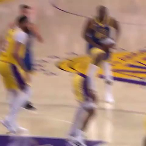 Flopping, stupid or offensive? Juzguen ustedes mismos #LakeShow #DubNation #NBA