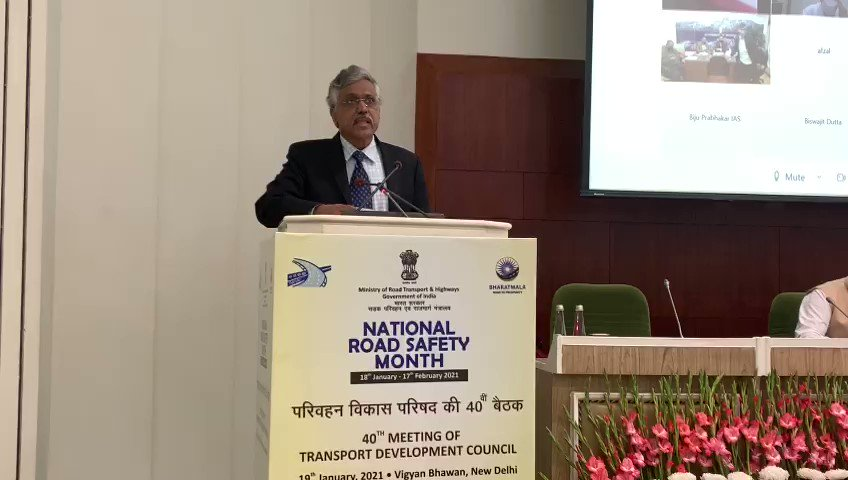 Secretary MoRTH, Shri Giridhar Aramane delivering opening speech at the 40th meeting of 'Transport Development Council' at Vigyan Bhavan in New Delhi.