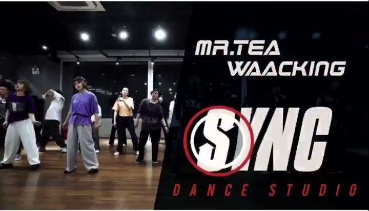 """Love seeing this dance group from Beijing waacking to my new single """"Feeling Good"""". 1st time I ever saw this dance style was @jodywatley in her """"Looking For A New Love"""" video. I love it! 💃🏾"""