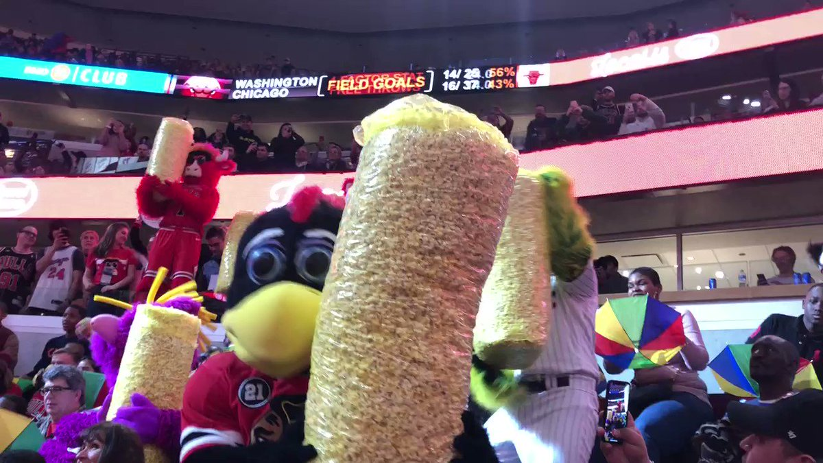 Today we celebrate Benny the Bull's favorite day, #NationalPopcornDay!! Here's Reggy celebrating @bennythebull's birthday with @BhawkTommyHawk,@Southpaw, and Sky Guy from @chicagosky.  Can't wait to do it again soon! #MHOF #MascotHall #NationalPopcornDay #PopcornDay #PopCornTime