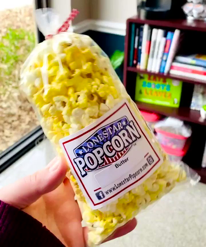 Only the BEST #TexasPTA remembers the important holidays... thanks for treating @Donald_ES staff to @lonestarpop on #NationalPopcornDay! 🍿🍿🍿